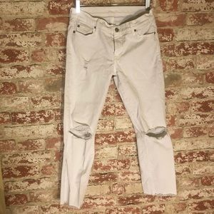 Euc 7 for all mankind destroyed white jeans